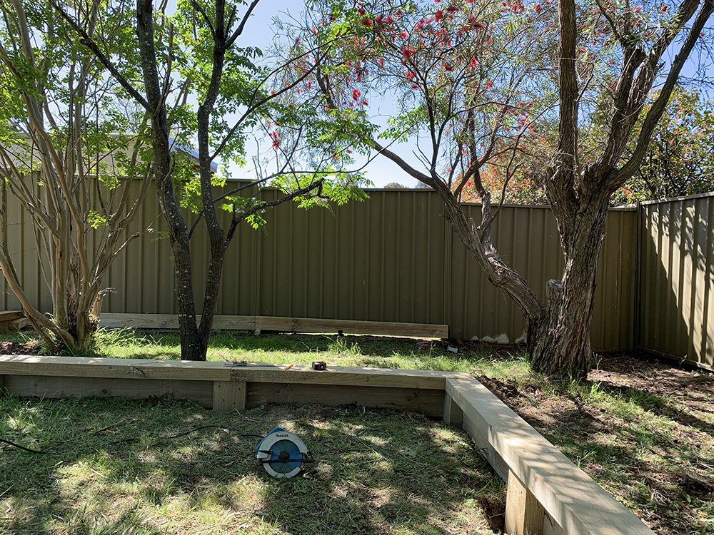 Garden Edging, Plants, Granite and Mulch Before Image